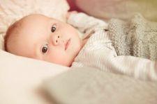 寶寶一吃奶粉就吐怎麼回事